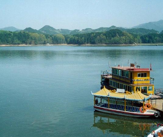 红寺湖风景区旅游景点风景