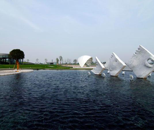 佘山月圆园艺术园旅游景点介绍